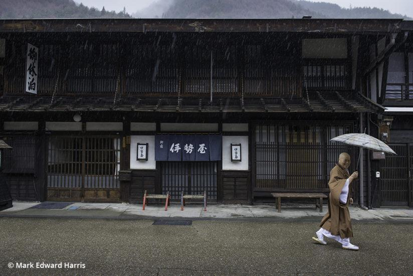 Travel photography tips, monk in Narai, Japan