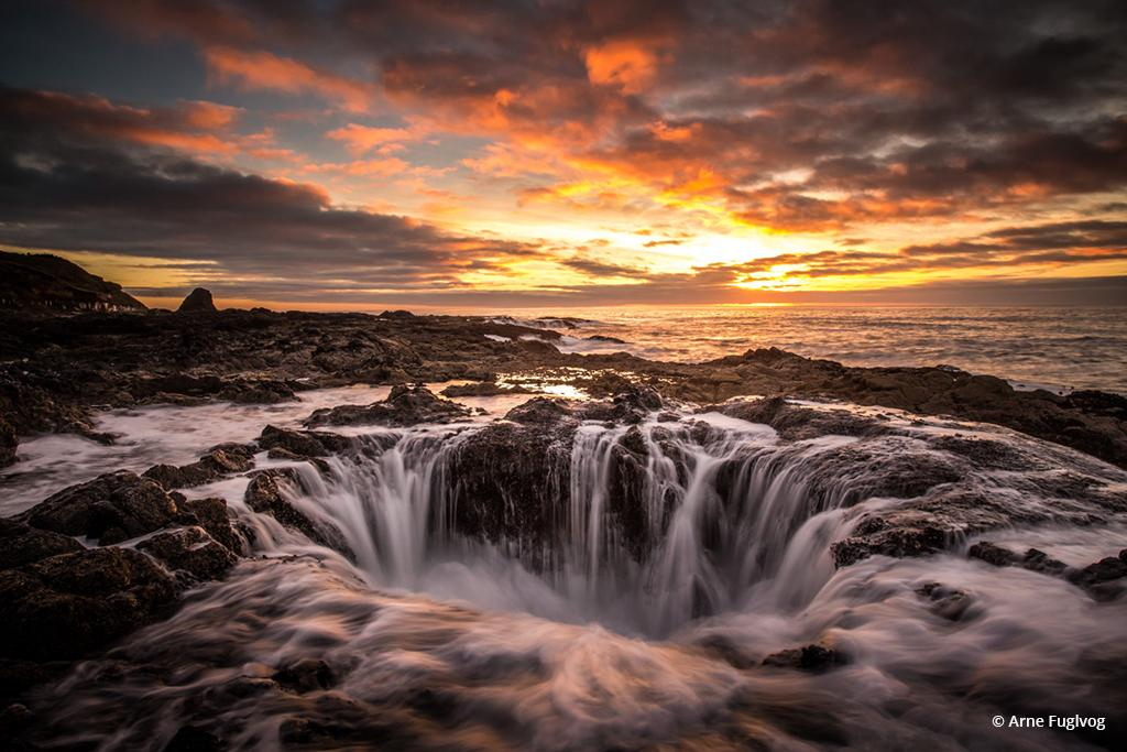 "Today's Photo Of The Day is ""Thor's Well"" by Arne Fuglvog. Location: Cape Perpetua, Oregon."
