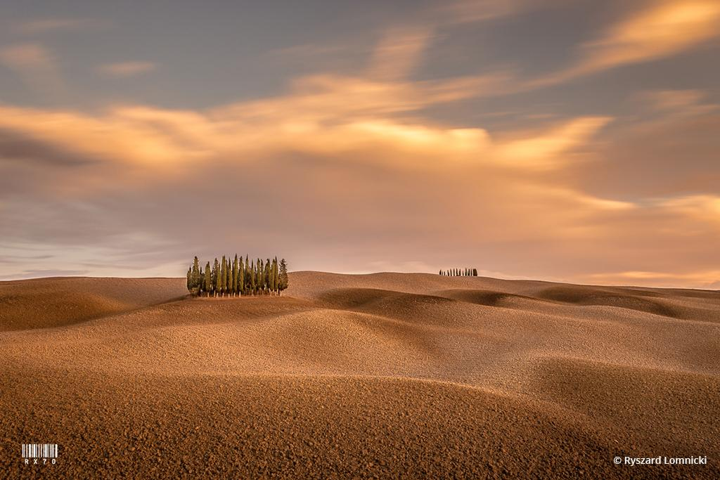 "Today's Photo Of The Day is ""Tuscany"" by Ryszard Lomnicki. Location: Val d'Orcia, Italy."