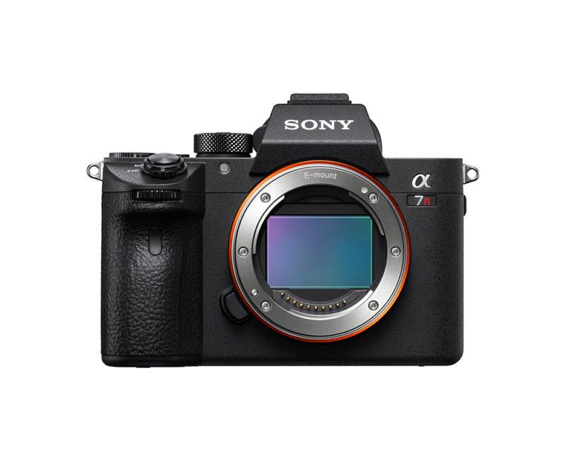 Sony a7R III (front)