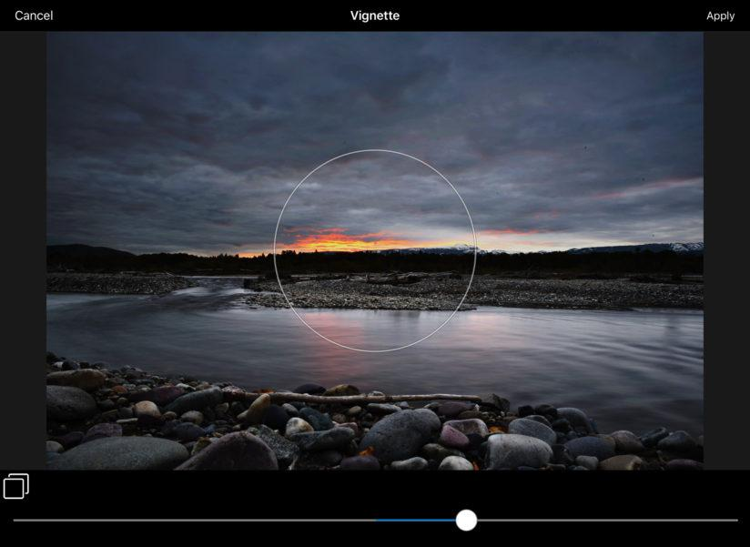 Add a vignette using ACDSee Pro For iOS